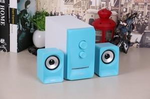 满满的青春与活力 耳神ER298桌面音箱