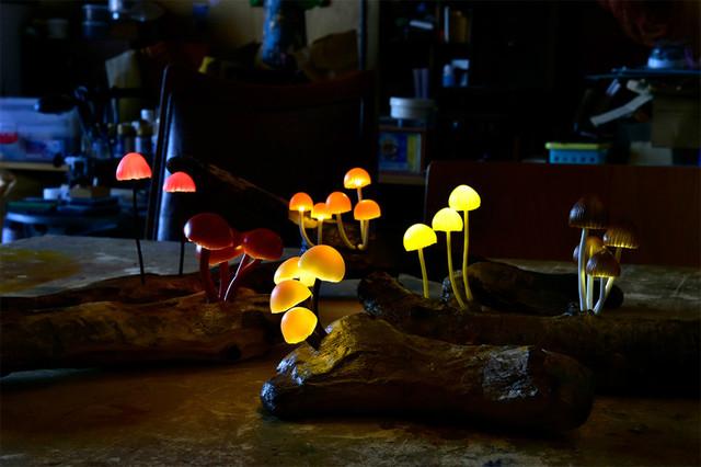 仅在当地卖 手工打造蘑菇灯售价在一万+